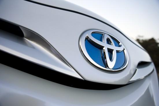 8 milionów hybryd Toyoty